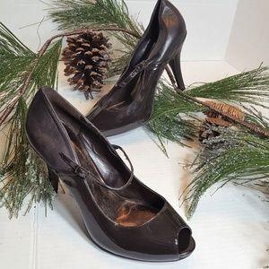 Audrey Brooke Peep-toe Mixed Leather Pumps